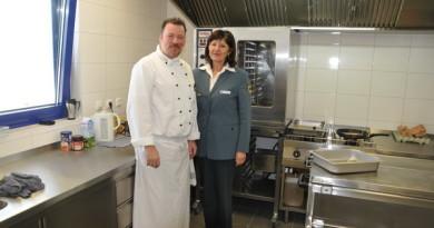 Küchenchef Hauke Küster und Editha Mekelnburg
