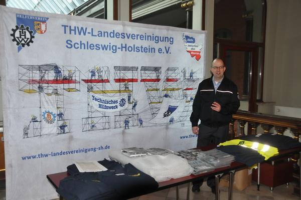 Landesschatzmeister Oliver Scharf betreute den Infostand der Landesvereinigung