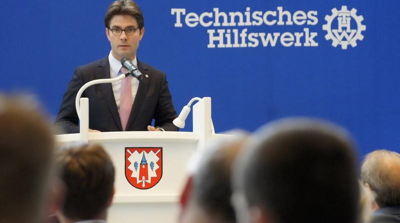 Mark Helfrich (MdB), stv. Vorsitzender der THW-Landesvereinigung bei seinem Grußwort